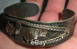 C. 1920 FRED HARVEY THUNDERBIRD ROPE STAMPED ARROWS SILVER BRACELET NAVAJO vafo