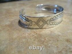 ELEGANT OLD Fred Harvey Era Navajo Sterling Silver Stamped Design Bracelet