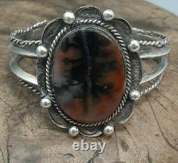 Early style Fred Harvey Navajo Black & Brown Petrified wood Silver cuff Bracelet
