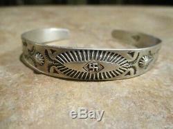 Larger REAL OLD Fred Harvey Era Navajo 900 Coin Silver WHIRLING LOG Bracelet