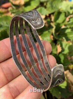 Old Pawn Fred Harvey Navajo Sterling Silver Stamped Arrows 5 Shank Cuff Bracelet