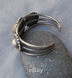 Old Vintage Southwestern Fred Harvey Era Silver Satelite Domes Cuff Bracelet