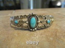 PETITE OLD Fred Harvey Era Navajo Sterling Silver Turquoise THUNDERBIRD Bracelet