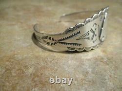 REAL OLD Fred Harvey Era Navajo Sterling Silver Applied ARROWHEAD Bracelet