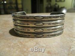 REAL OLD Fred Harvey Era Navajo Sterling Silver Stamped ARROW Design Bracelet