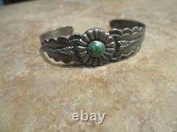 REAL OLD Fred Harvey Era Navajo Sterling Silver Turquoise Flower ARROW Bracelet