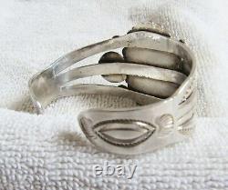Sterling Silver & Sodalite Stone Setting Navajo Indian Bracelet Fred Harvey Era