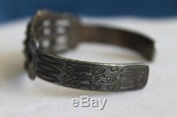 Vintage Fred Harvey Era Navajo Indian TURQUOISE Bear Sterling Silver Bracelet