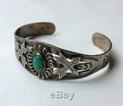 Vintage Fred Harvey Navajo Deep Stamping Design Turquoise Silver Bracelet 1900's