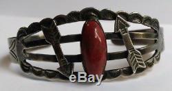 Vintage Fred Harvey Navajo Indian Silver Agate & Applied Arrows Cuff Bracelet