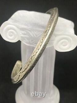 Vintage Sterling Silver Navajo Early Classic Cuff Bracelet Fred Harvey Era
