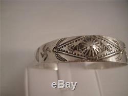 Vtg Fred Harvey Era Child's Cuff Bracelet Whirling Logs Stamped Detail