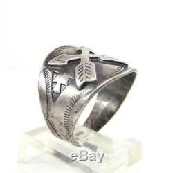 Vtg Fred Harvey Era Native American Sterling Silver Arrow Ring Size 7.5 LHF5