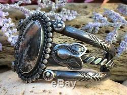 Rare Vieux Pion Fred Harvey Bracelet Manchette En Argent Massif Navajo En Bois Pétrifié